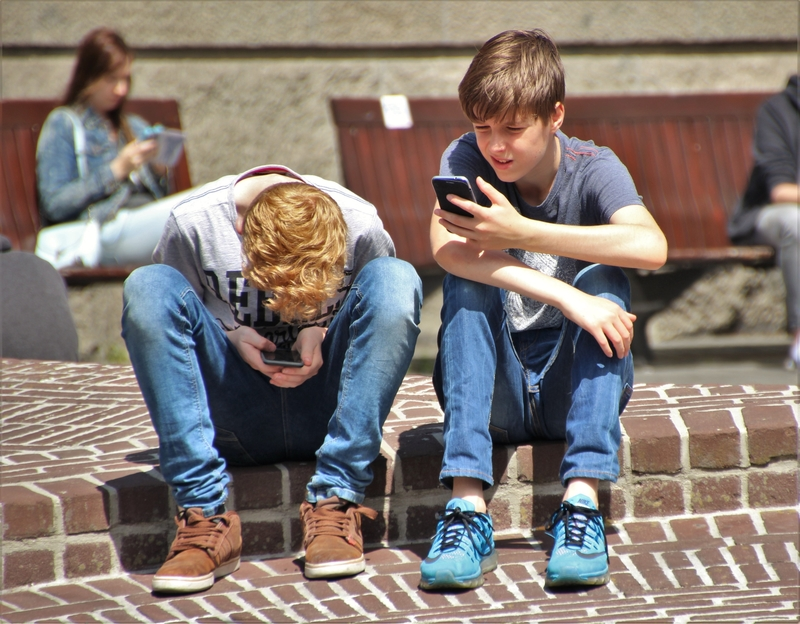 Kids suffering cyberbullying
